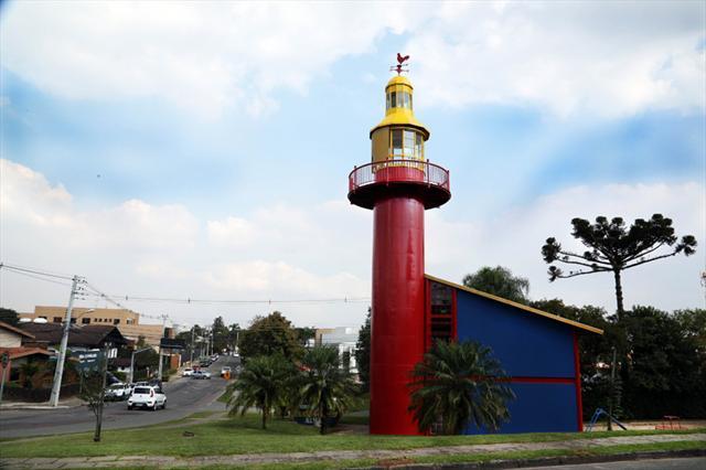 O Farol do Saber Machado de Assis, no bairro Vista Alegre, está em obras e será totalmente revitalizado.  Foto: Jaelson Lucas/SMCS