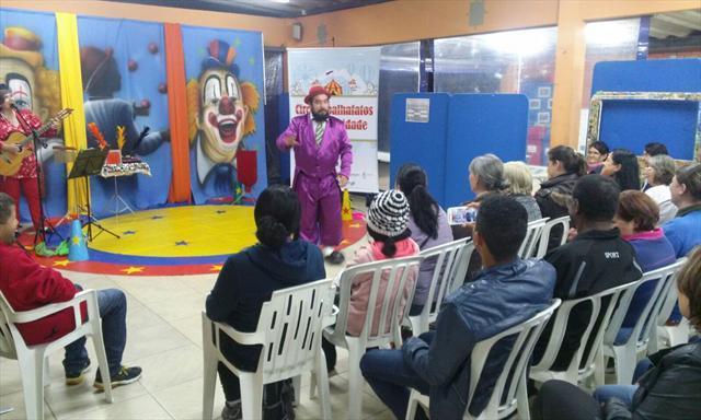 Circo Espalhafatos na EJA