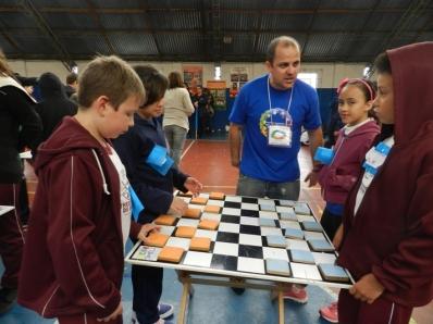 Estudantes da Regional Boa Vista participam de Encontro Esportivo