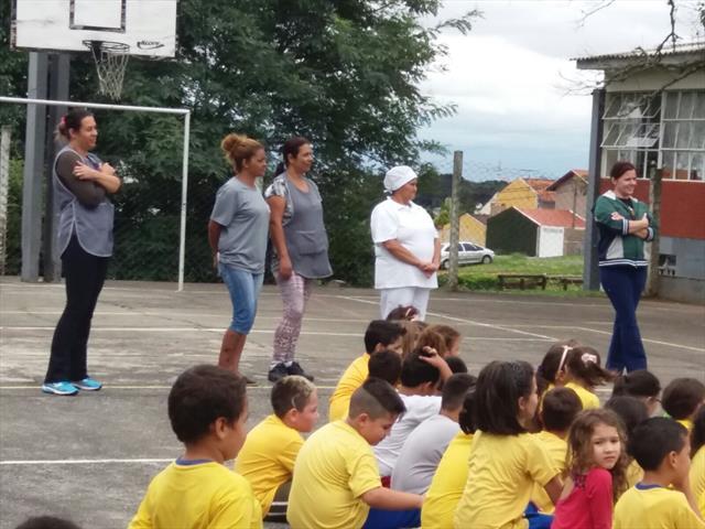 Comemoração na Escola Municipal Padre João Crucian
