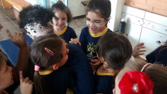 Autismo - A Escola Municipal Castro também participa!!!
