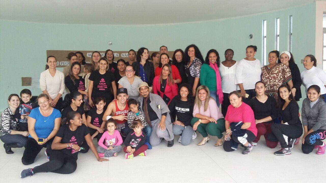 Sábado de Integração com as famílias, com direito a aulão de Zumba!