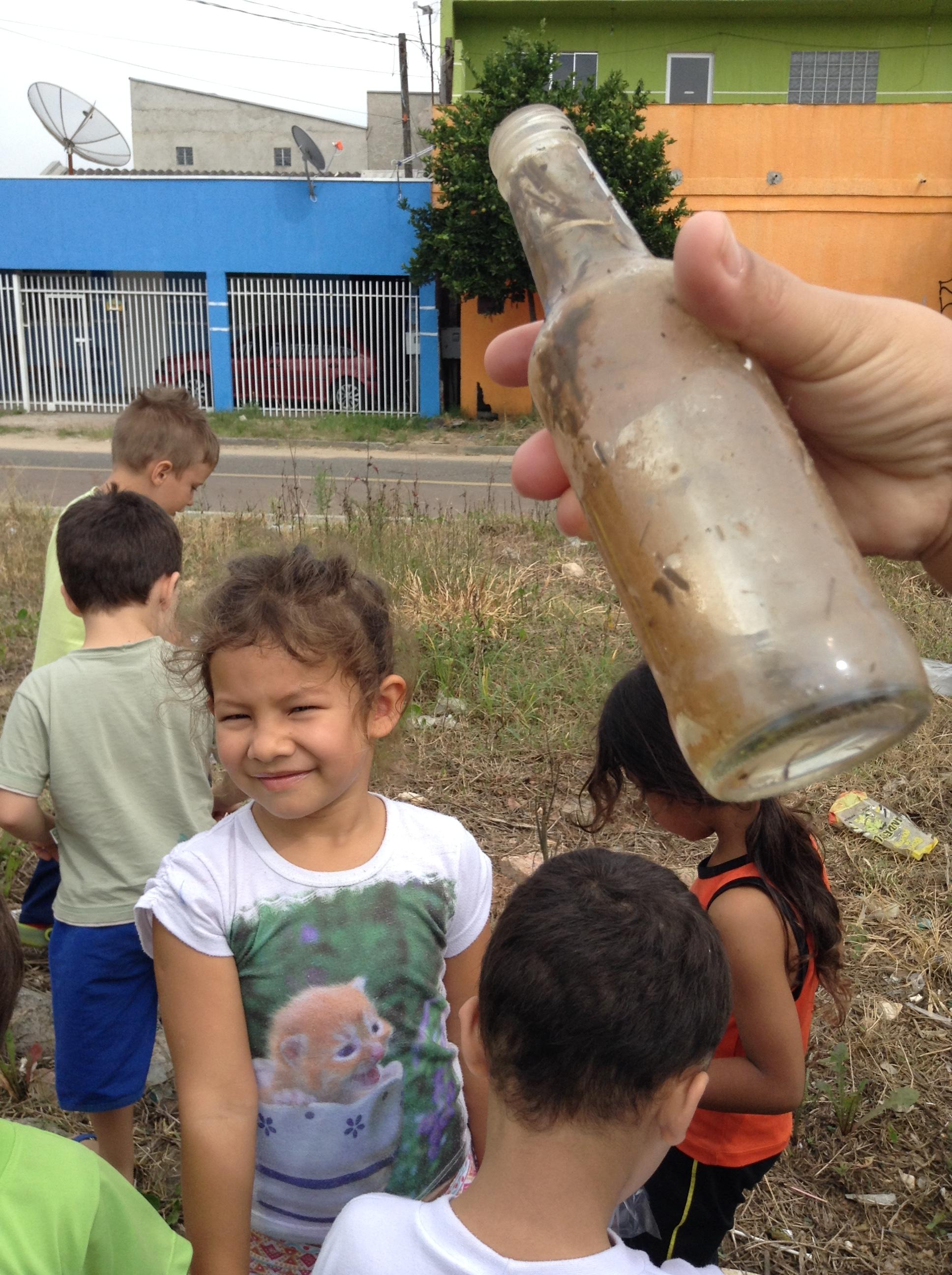 As crianças do CMEI Fani Lerner também entraram na luta contra o Mosquito Aedes Aegypti.