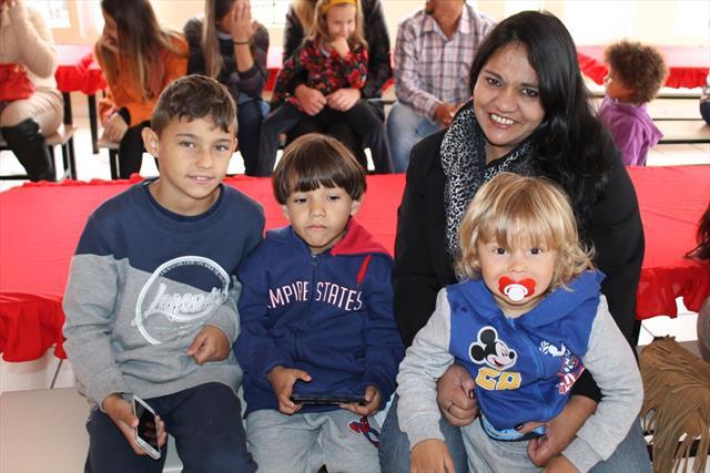 Sábado de integração com as famílias. Assistiram a uma belíssima apresentação da Banda Lira e de momentos muito especiais ao lado dos seus filhos.