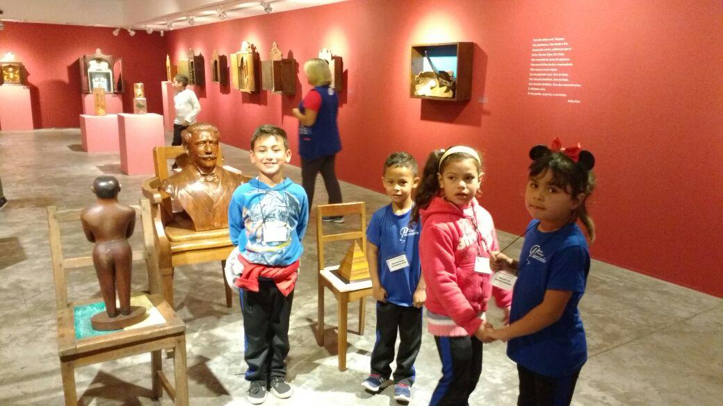 Visita a exposição Farnese de Andrade