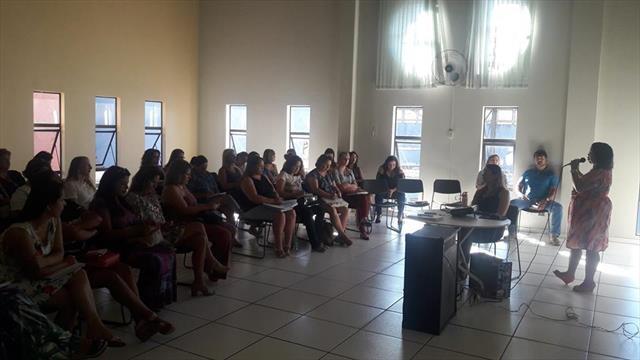 Reunião Pedagógica-Administrativa com as Diretoras e Pedagogas dos CMEIs