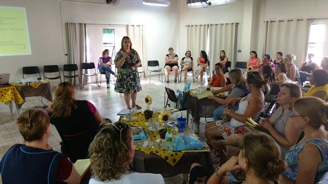 Reunião com diretores de escolas e CMEIS de Santa Felicidade