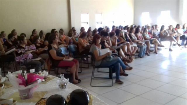 Reunião Pedagógica-Administrativa com as Diretoras e Pedagogas das Escolas