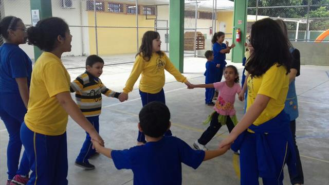 Integração entre as turmas da Educação Infantil e 5ºA