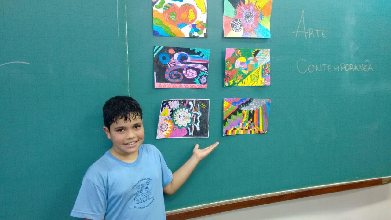 Arte Contemporânea - Profª Michele