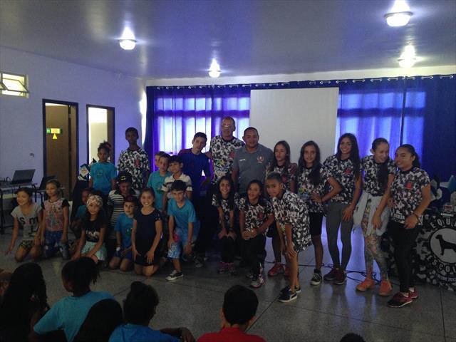 Herói Olímpico do Atletismo na Escola Municipal João Amazonas
