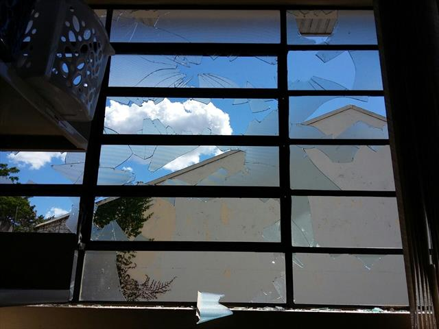 Vandalismo na Escola Albert Schweitzer
