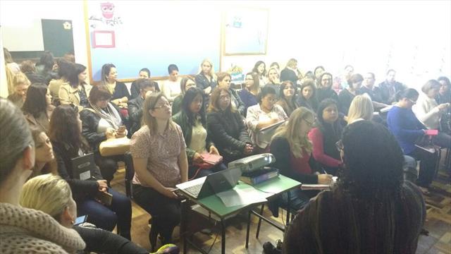 Reunião Pedagógica Administrativa com os CMEIs