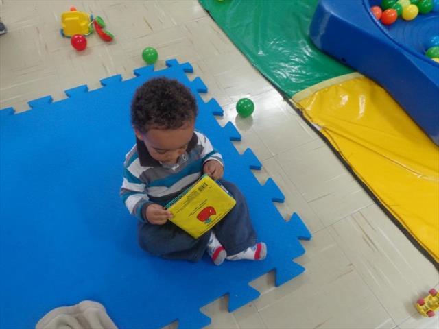 Momento de Leitura pela Criança.