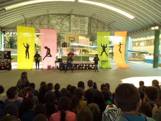 Show de Talentos 2017 Prática do Movimento e Ed. Física
