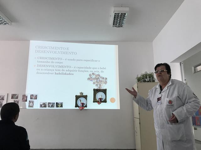 2º Encontro da Escola de Pais é marcado pela presença da Pediatra Dra. Claudete