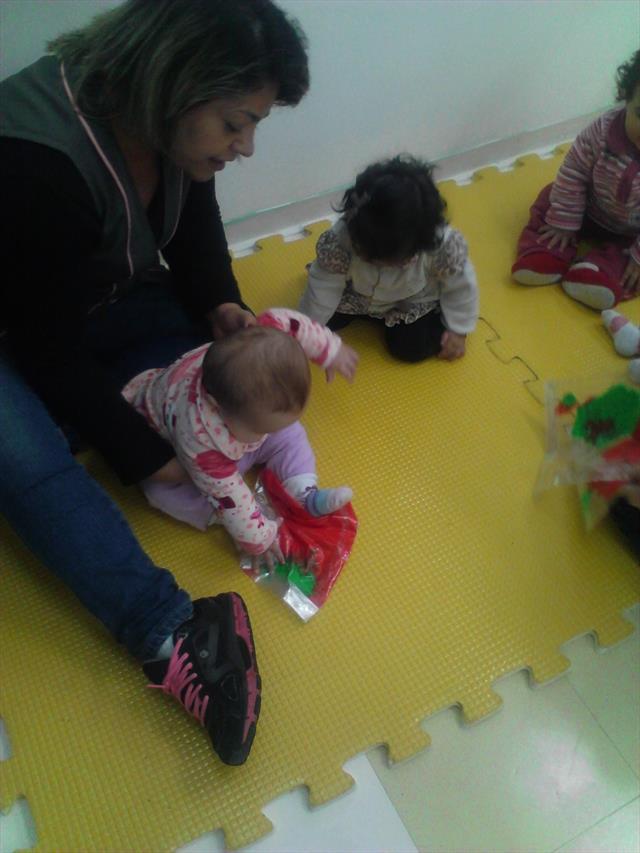 Explorando as cores no Berçário I