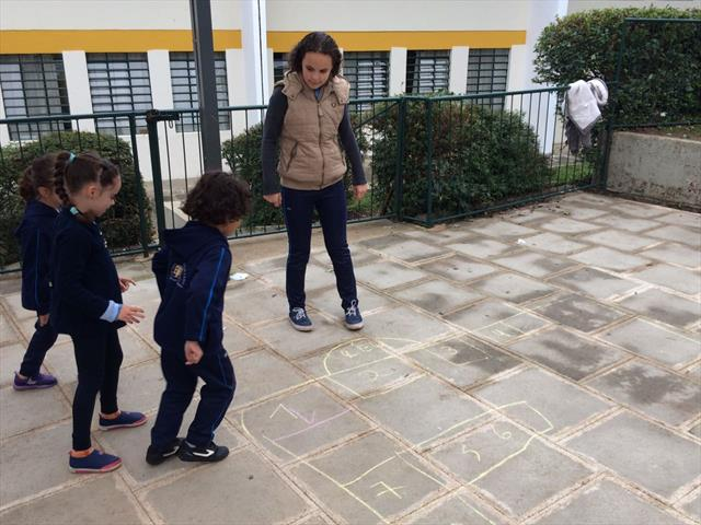 Atividade promove integração entre as turmas Classe Especial e 1º ano B