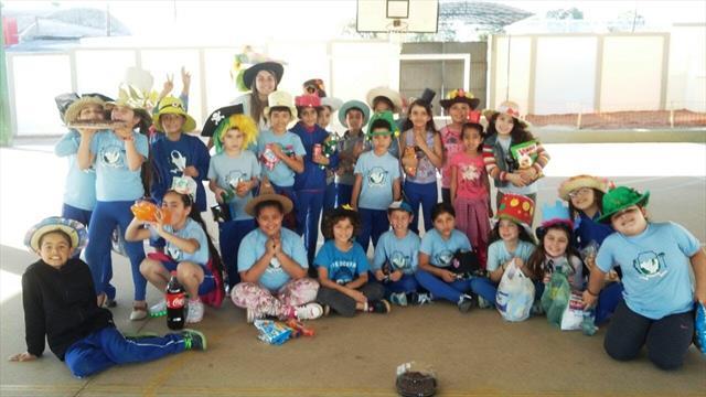 Literatura infantil é trabalhada de forma divertida na EM Foz do Iguaçu