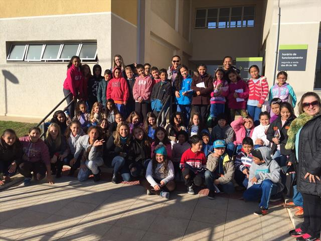 Chegada dos estudantes à Regional Tatuquara