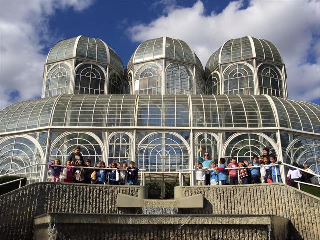 Crianças da EM Margarida O. Dallagassa no Jardim Botânico