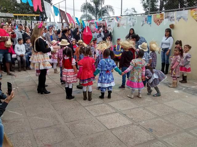 Festa Julina no CMEI Quielse