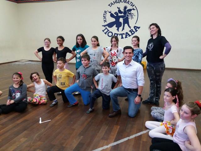 Escola + Esporte = 10