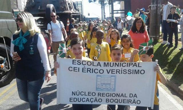 Escola CEI Érico Veríssimo participou do Desfile Cívico Militar