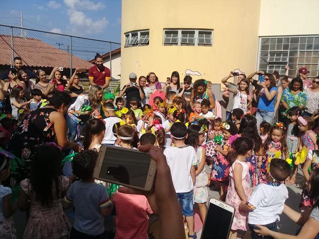 CMEI Vila Osternack realiza grande festa da Primav