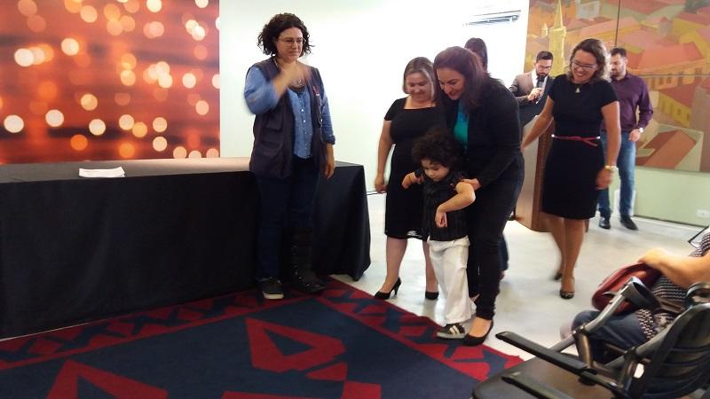 CMEI Ubatuba/Tambaú recebe prêmio Viva Inclusão