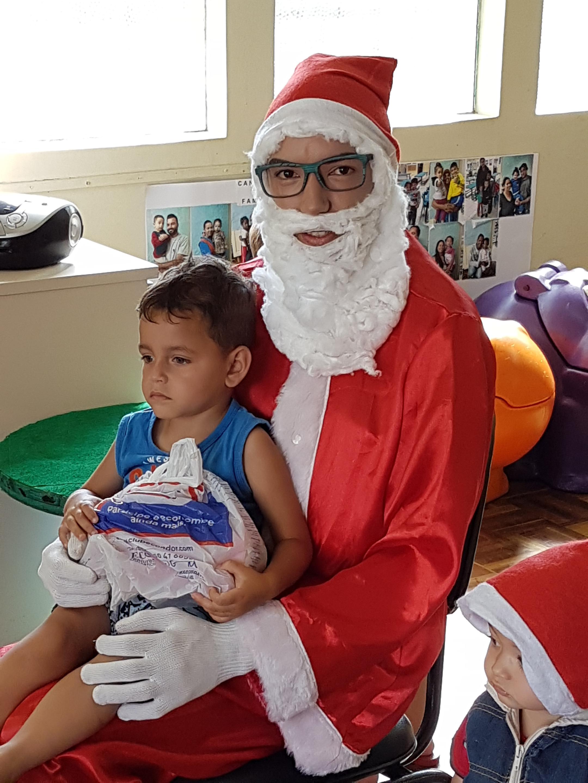 Entrega dos presentes de Natal