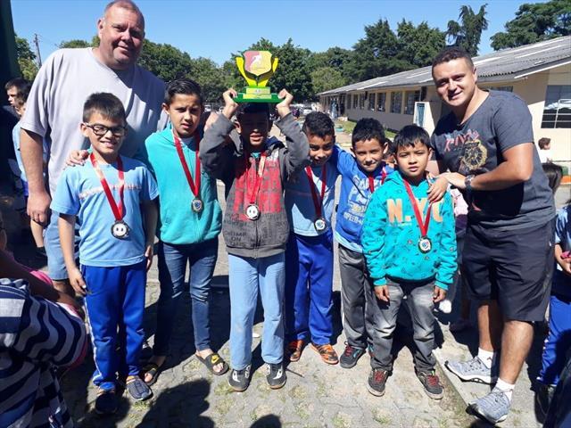 Dia de medalhas e troféu no David Carneiro