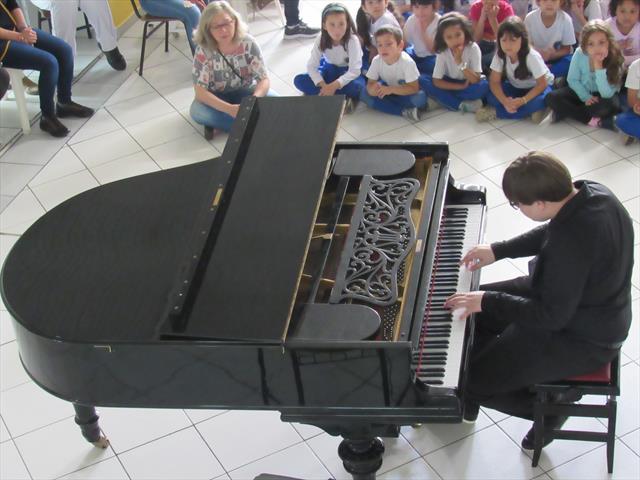 estefan piano