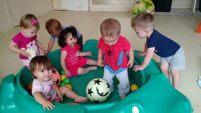O brinquedo e o brincar para a criança é essência