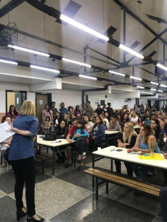 Reunião na Escola Jornalista Claudio Abramo
