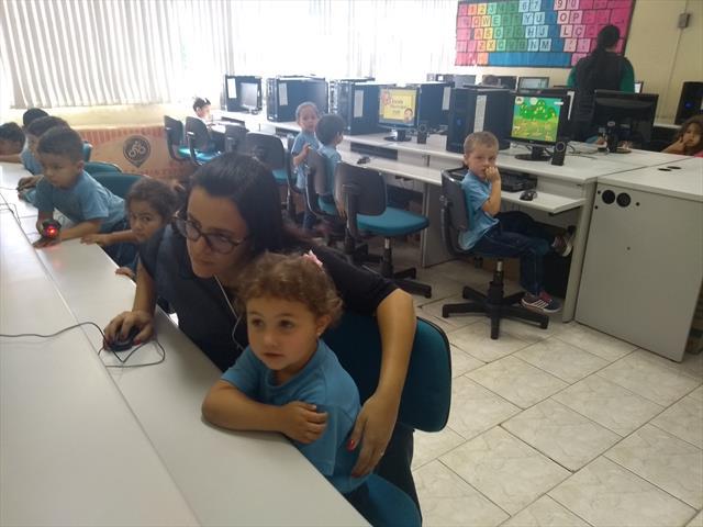 Aulas de informática são inseridas no planejamento da Educação Infantil