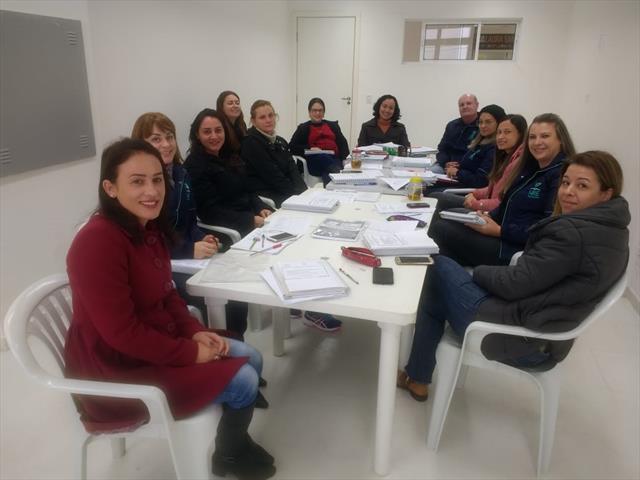 Reuniões internas da Equipe Pedagógica NRE/TQ