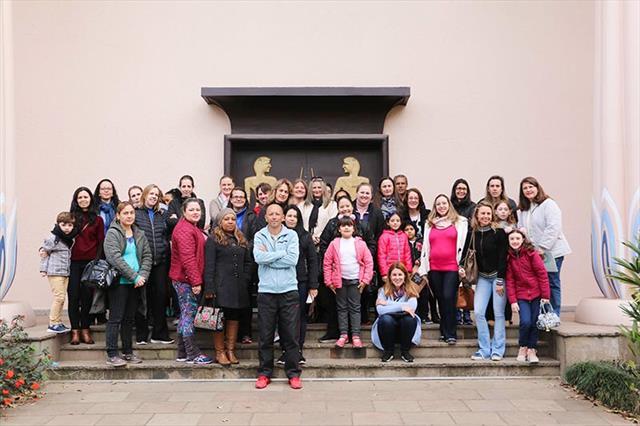 Museu Egípcio e Rosacruz recebe professores da rede municipal de ensino para uma visita especial