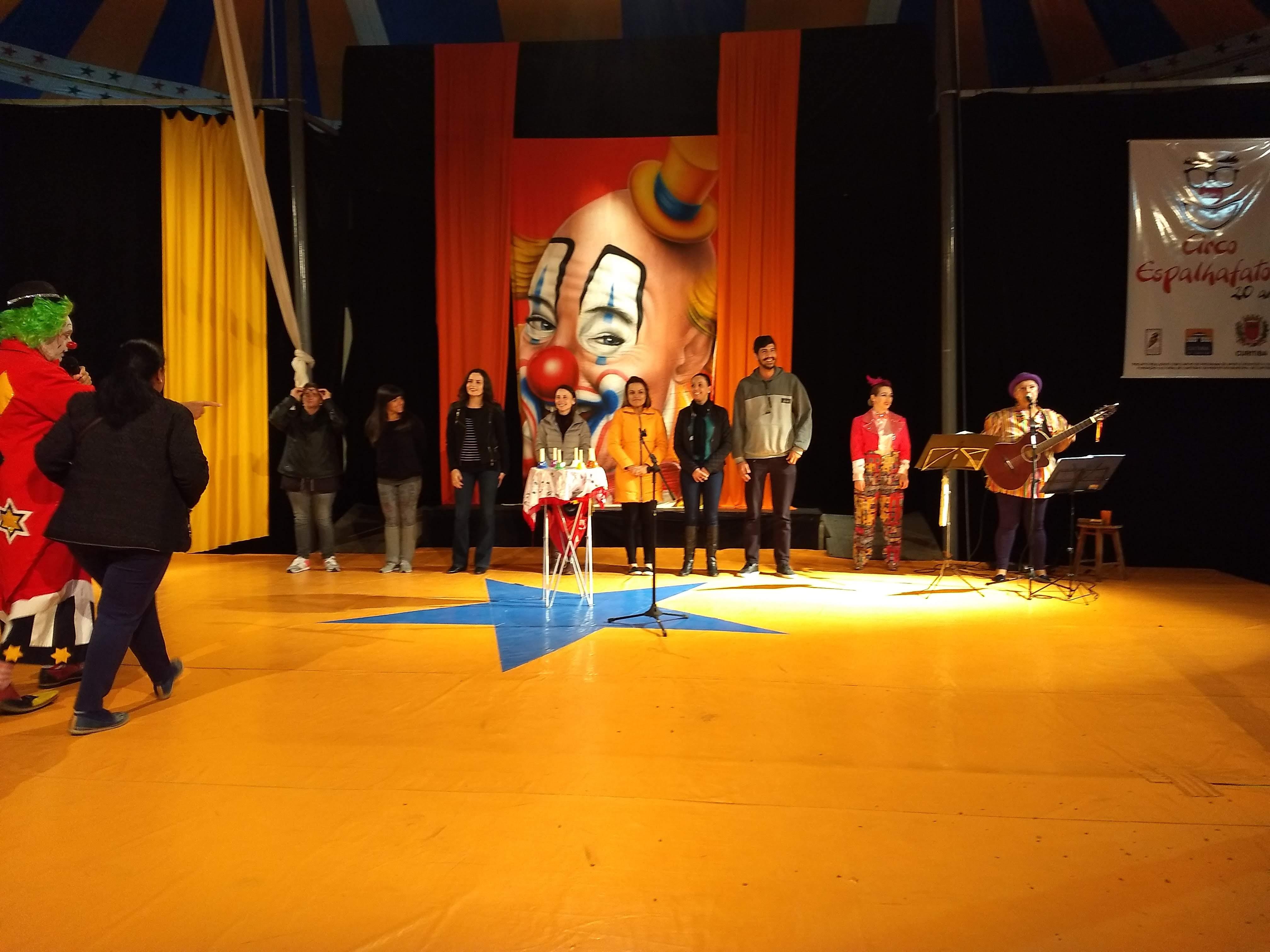 Linhas do Conhecimento no Espetáculo Circo Espalhafatos