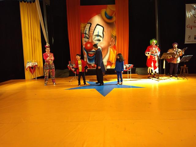 Linhas do Conhecimento no Espetáculo Circo Espalha