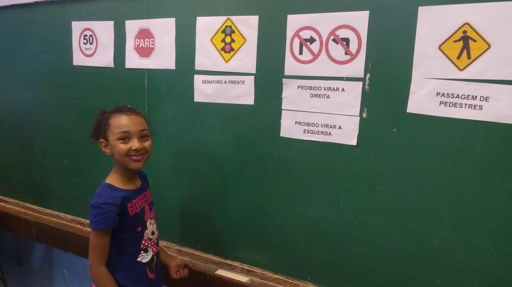 Comunidade escola comemora o Dia do Trânsito