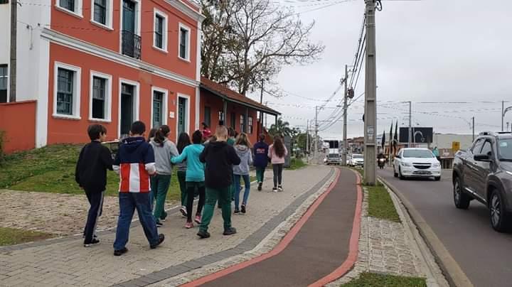 ESCOLA PARANAGUÁ NO PROJETO CONHECENDO SANTA FELICIDADE.