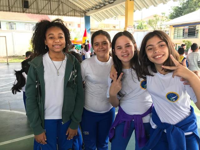 Semana Festiva na Escola Guilherme Butler