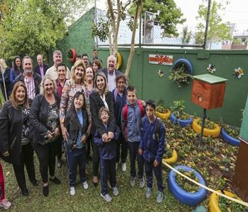 Escola ganha Jardim de Mel