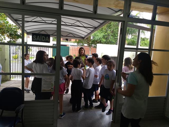 Fala Curitibinha - Escola Municipal Dom Manuel da Silveira D´Elboux