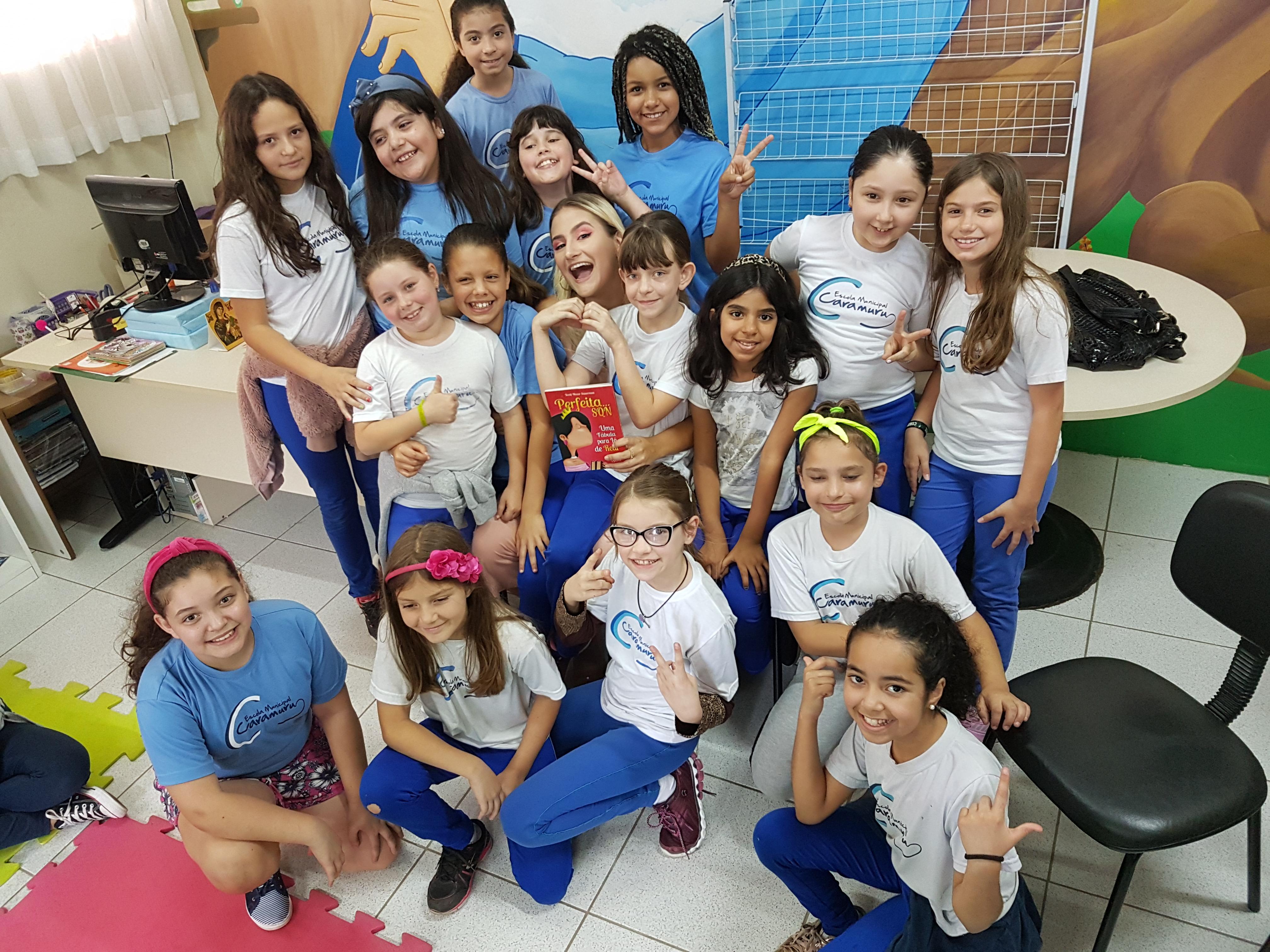 A meninas do quarto ano Giovanna