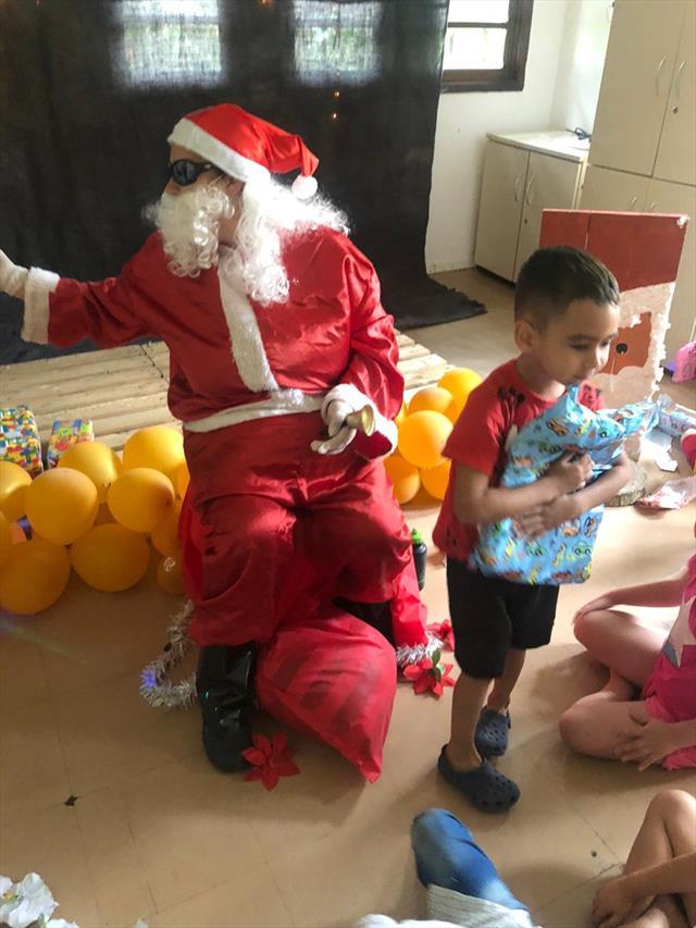 Ver a alegria das crianças do CMEI Cora Coralina é contagiante. Obrigada Papai N