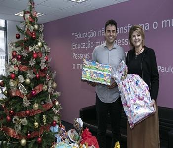Natal Solidário entrega quase 800 brinquedos em tr