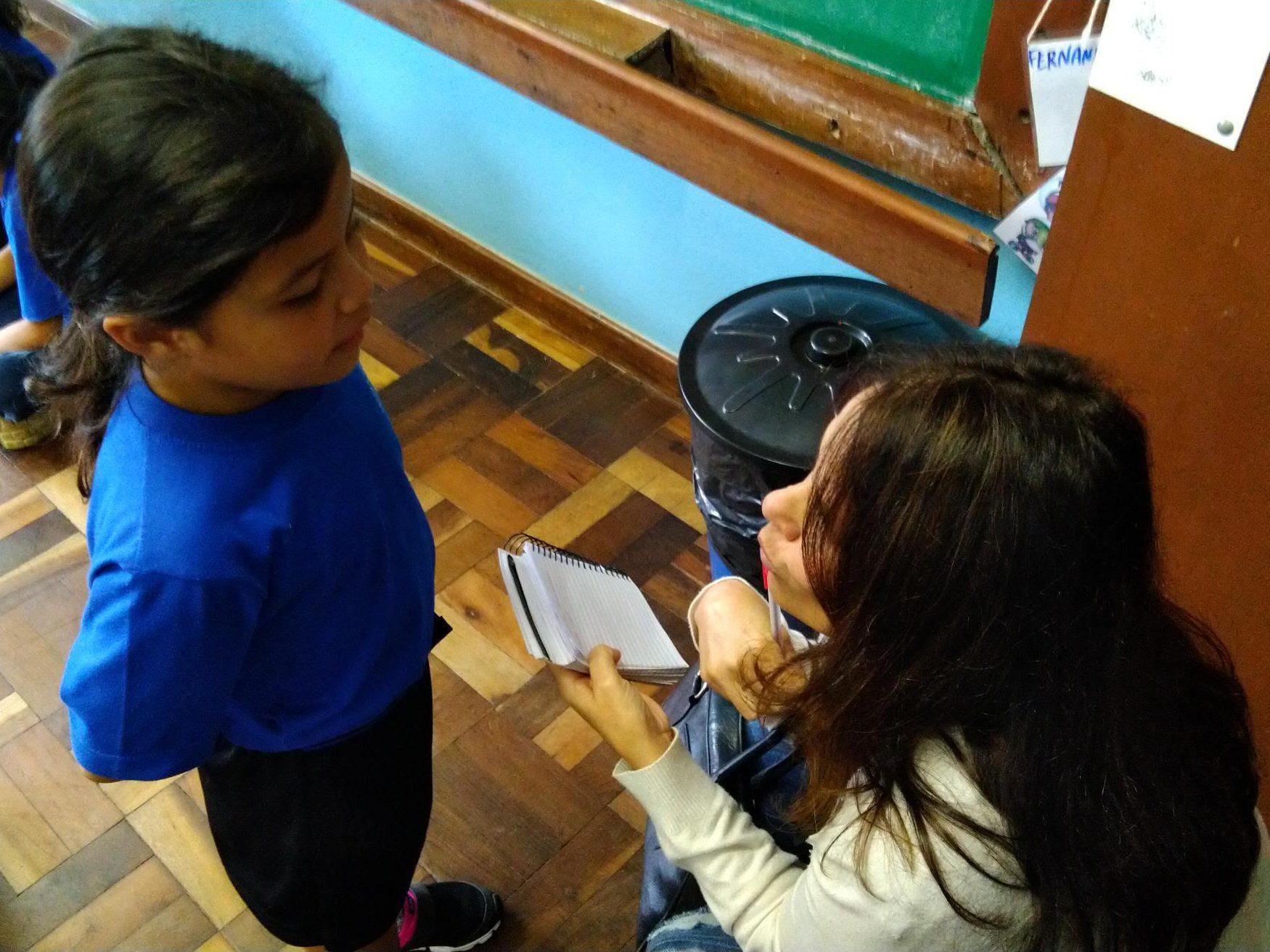 Escola recebe visita da comunicação social