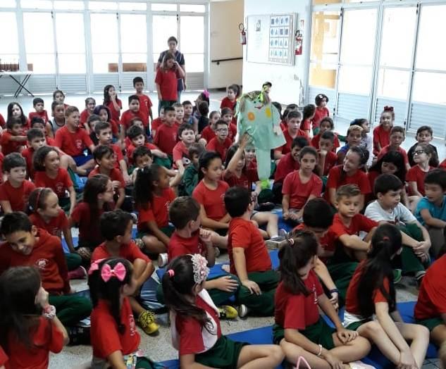Boneca dos Desafios iniciou suas visitas às escolas do NRE Boa Vista